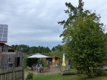 """Ausflugskiosk """"Kleine Oase"""" an einem Bauernhof bei Menden-Schwitten"""