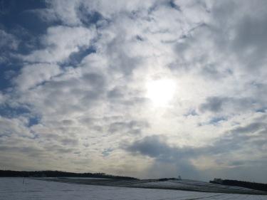 Spätwinterhimmel bei Menden-Ostsümmern