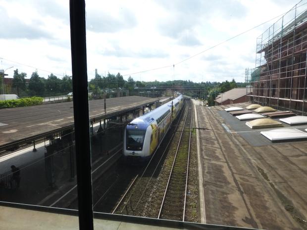Metronom im Bahnhof Harburg