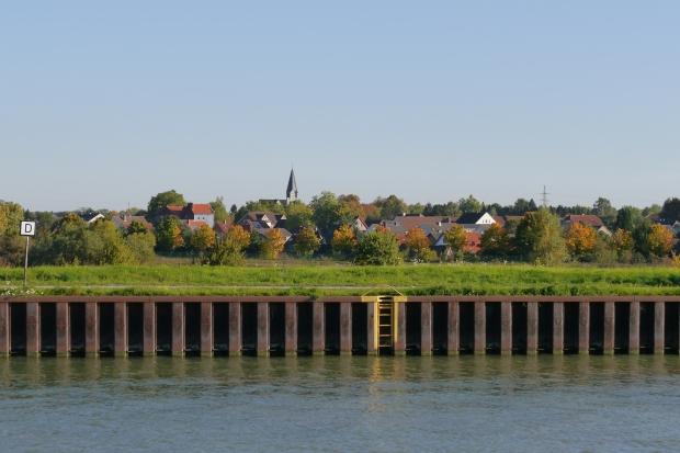 über den Datteln-Hamm-Kanal auf Beckinghausen